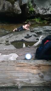 kid falls